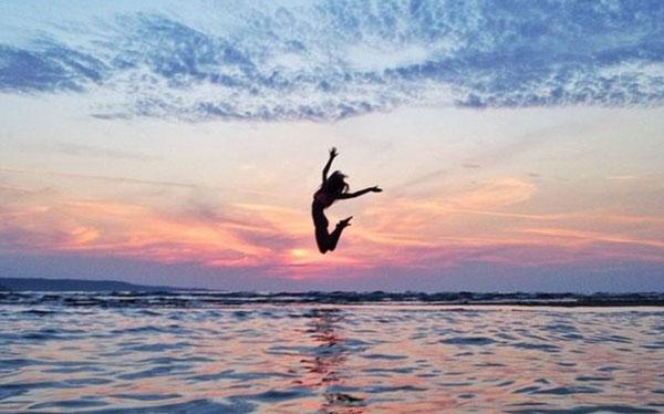 Hildegunn Taipale Beach Jump