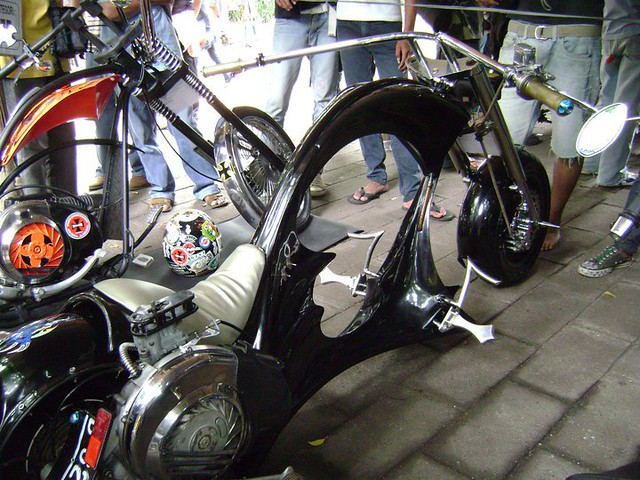 Vespa Extreme Indonesia http://www.flickr.com/photos/09090999/5234558960/