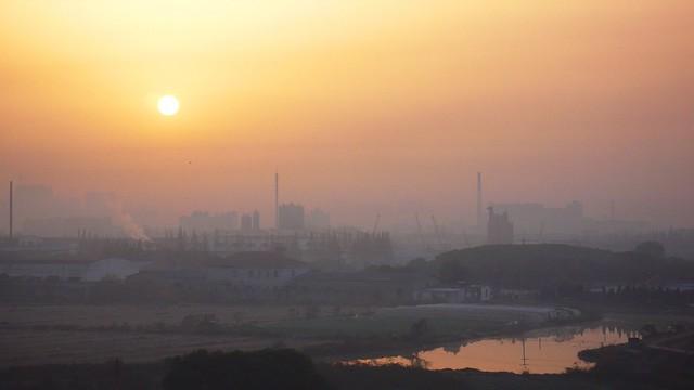 Shanghai - Hazy Suburb Sunrise