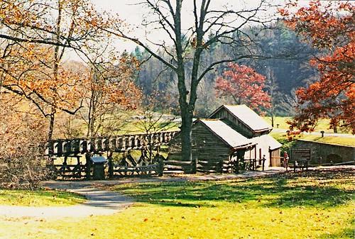 mill virginia sightseeing historic parkway blueridgeparkway mabrymill