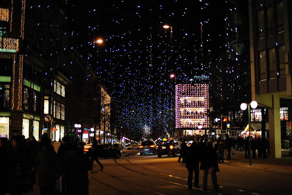Zürich Weihnachtsbeleuchtung.Zürich Weihnachtsbeleuchtung Lucy Workbehindthecamera Flickr