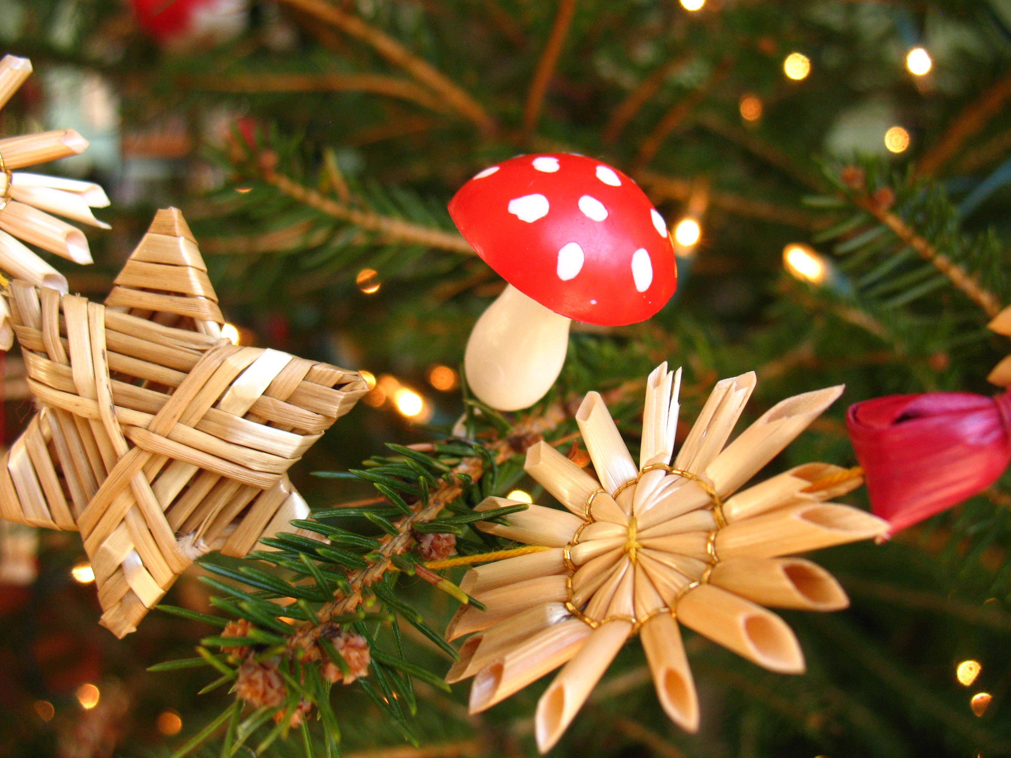 Swedish Christmas Tree Decorations