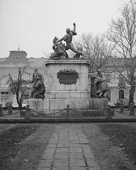 Hősök szobra (Kisfaludi Strobl Zsigmond 1928.)