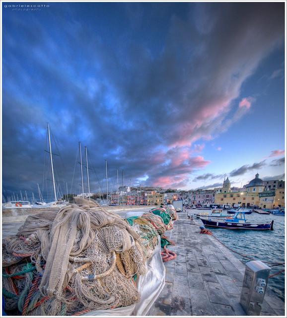 Marina Grande harbour