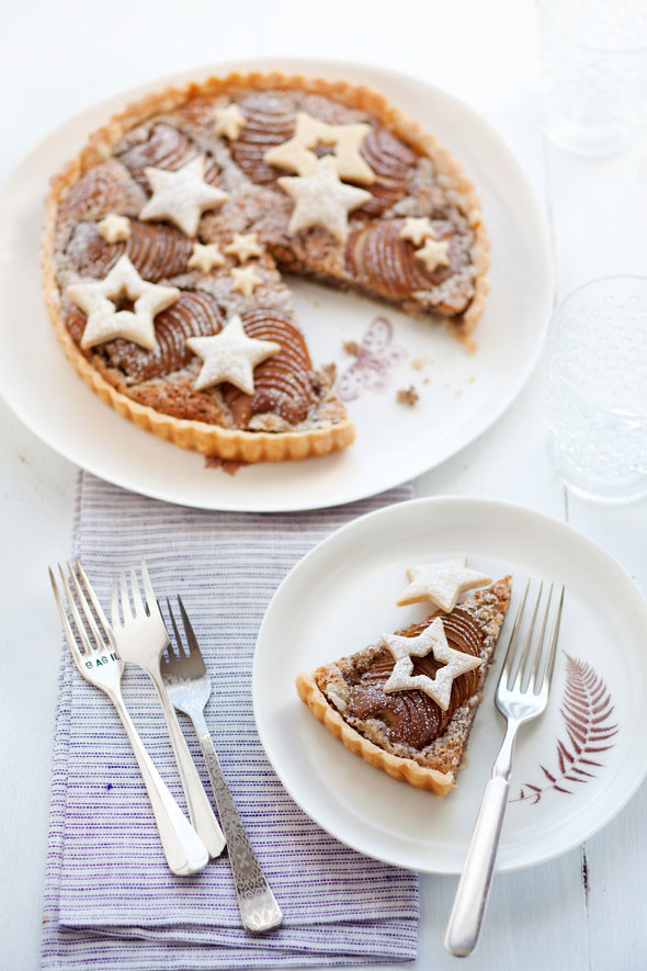 pear and hazelnut tart