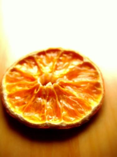 Addobbi natalizi con le arance essiccate