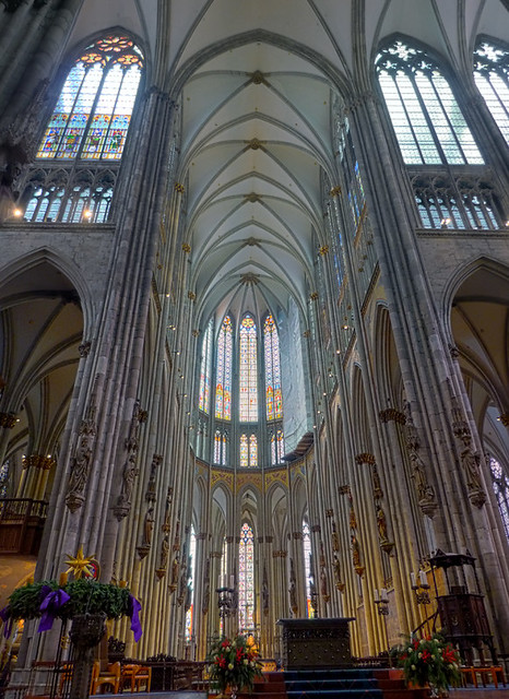 HDR Vertorama - Cologne Cathedral