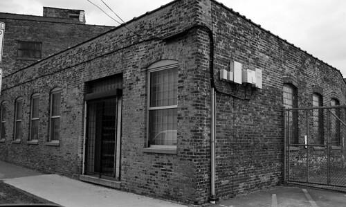 Old Factory Building - Chicago - 12 April 2014 - 6D - 064