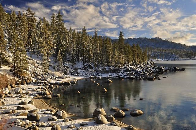 Costa este del Lago Tahoe, Nevada, Estados Unidos