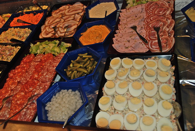 Le buffet froid volont flickr photo sharing - Idee deco buffet froid ...