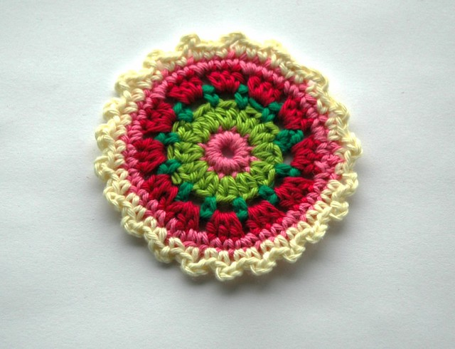 Crochet Pattern: Apple of My Eye Applique