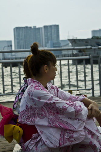 Waiting the Hanabi Tokyo Bay