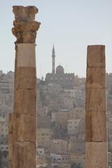 arch(0.0), temple(0.0), sculpture(0.0), ruins(0.0), monolith(0.0), statue(0.0), obelisk(1.0), landmark(1.0), architecture(1.0), history(1.0), tower(1.0), rock(1.0), column(1.0), archaeological site(1.0),