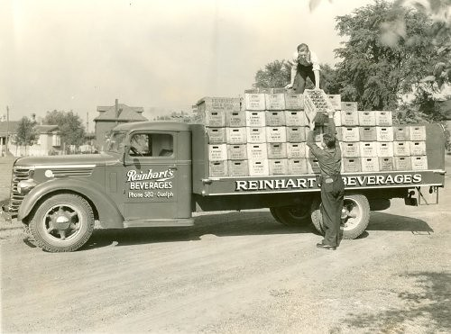 Reinhart's Beverages Guelph Ontario (1937)