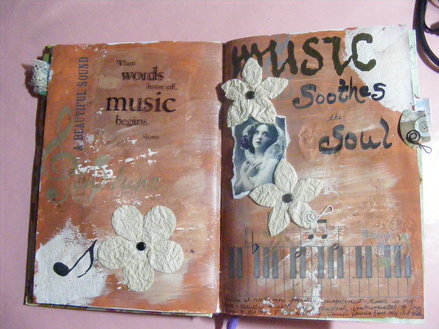Art Journaling by Rita Hutcheson-Cobbs from Flickr via Wylio