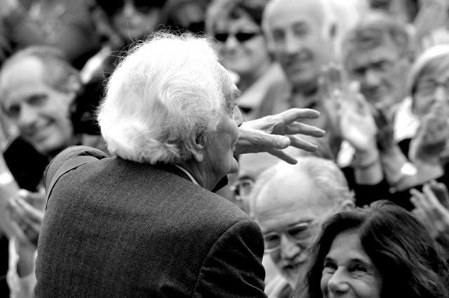 25° Premio Pieve  Saverio Tutino saluta il pubblico dei diari © foto di Luigi Burroni