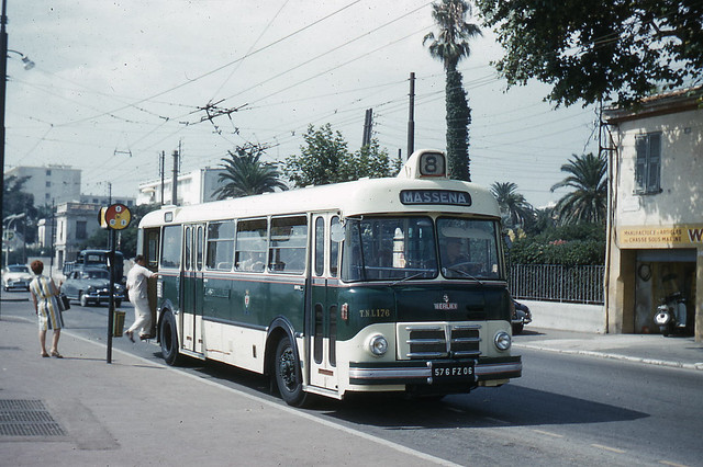 Berliet Buses http://www.flickr.com/photos/jhm0284/5343556511/