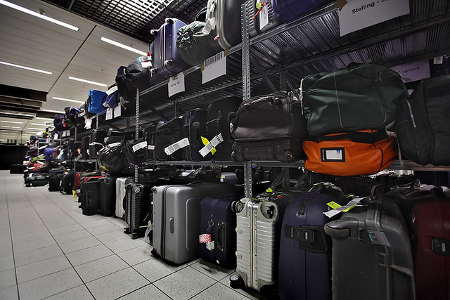 Verloren bagage op Schiphol | Flickr - Photo Sharing!