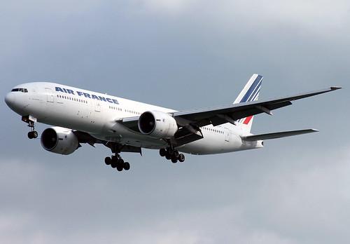 B772 - Boeing 777-228(ER)