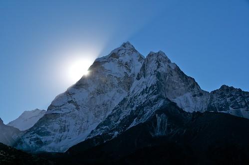 nepal mountains asia december places himalaya 2010 amadablan khumbuvalley tamronaf18250mmf3563diiildasphericalifmacro