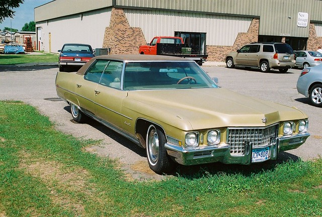 155shm263403 besides 6769 1990 Cadillac Seville 4 as well  furthermore 1986 20Cadillac 20Ad 04 further DSC 7520. on cadillac deville