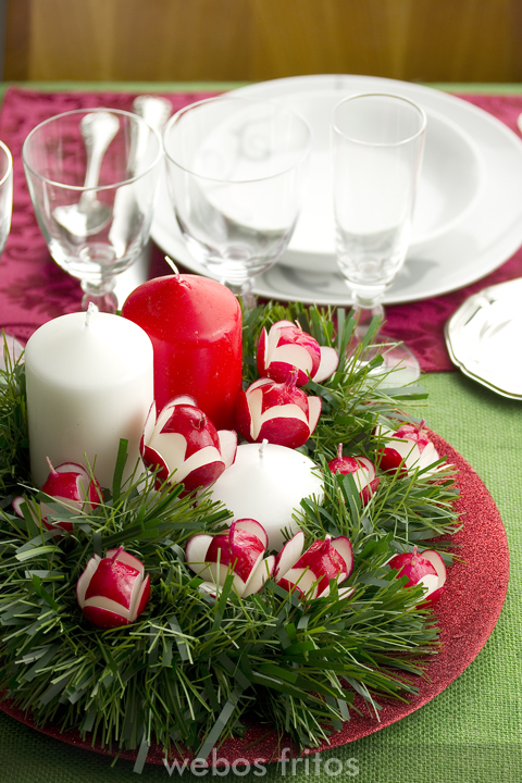 Centro de mesa con rabanitos webos fritos - Centro mesa navidad ...