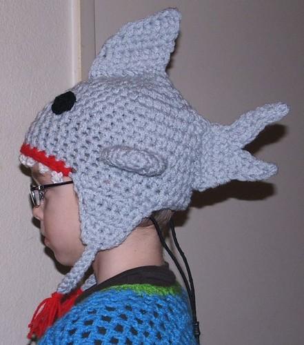 ... shark hat  80d52d807220