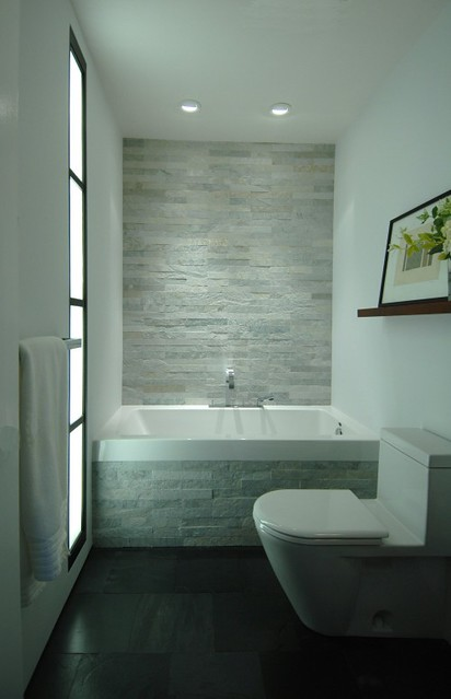 Houzz modern bathroom flickr photo sharing for Small family bathroom design