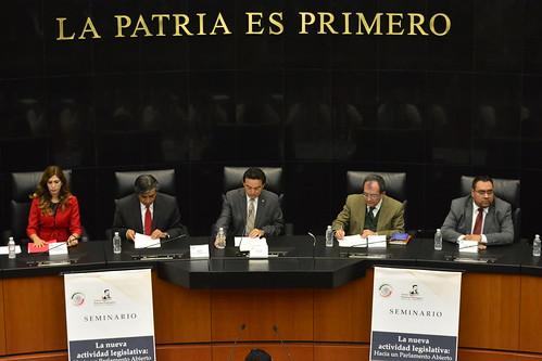 El día 28 de septiembre del 2016 se llevó a cabo en el Senado de la República el Seminario: La nueva actividad legislativa: Hacia un parlamento abierto