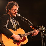 Amos Lee at Holiday Cheer for FUV 2010