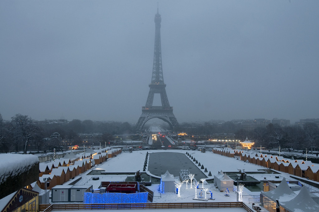 Eiffel Tower in Winter, Paris