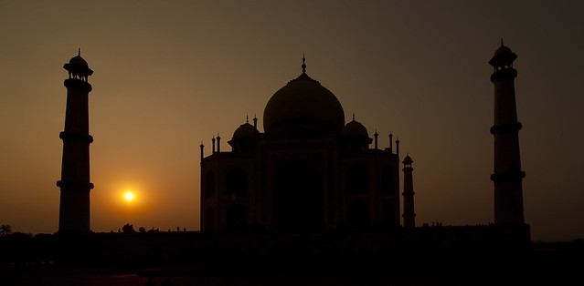 15 Astounding Pictures of Taj Mahal