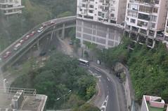 rolling stock(0.0), arch bridge(0.0), viaduct(0.0), skyway(0.0), waterway(0.0), metropolitan area(1.0), highway(1.0), junction(1.0), transport(1.0), road(1.0), public transport(1.0), lane(1.0), controlled-access highway(1.0), overpass(1.0), infrastructure(1.0), bridge(1.0),