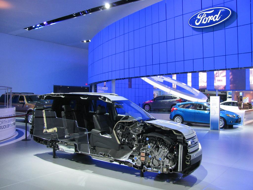 2011 NAIAS - 2012 Ford Explorer Cutaway