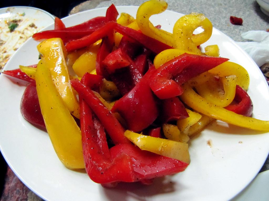 三峽阿宏小吃 - 冰凍甜椒裹梅子粉