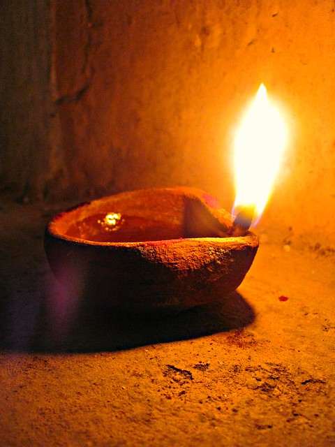 South Indians celebrate Karthigai Deepam or extended ...