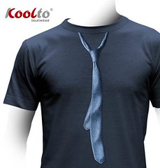 T-shirt with a Classic jeans tie