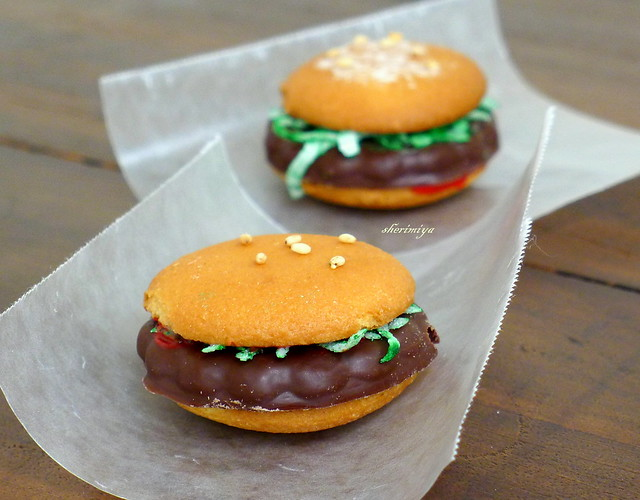 Mini Burger Cookie prototype | Flickr - Photo Sharing!