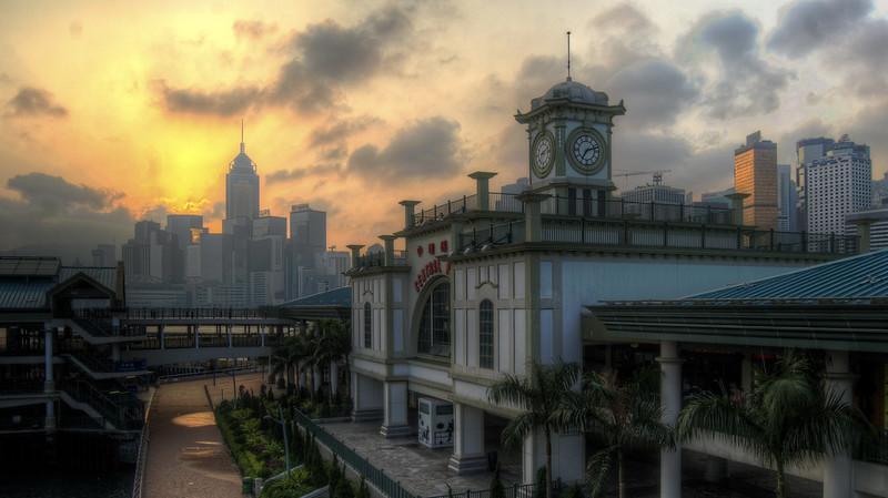 HDR: HK Sunrise