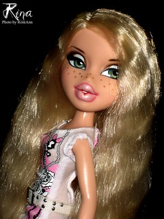 Bratz Xpress It! Rina 2011