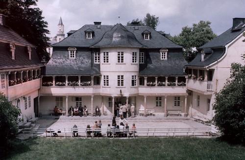 Dia 1 -  Das Museumsgebäude