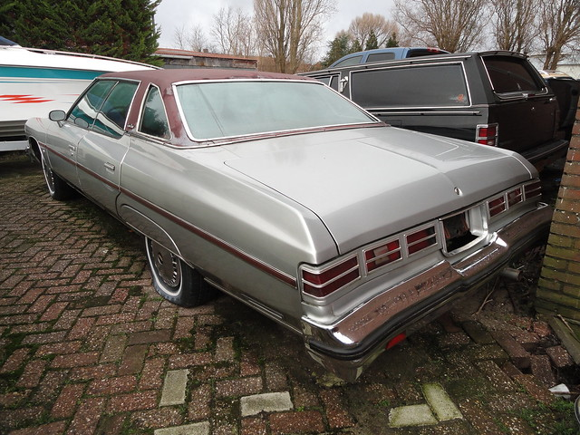 1976 Chevy Caprice for Sale http://www.flickr.com/photos/skitmeister/5371183084/