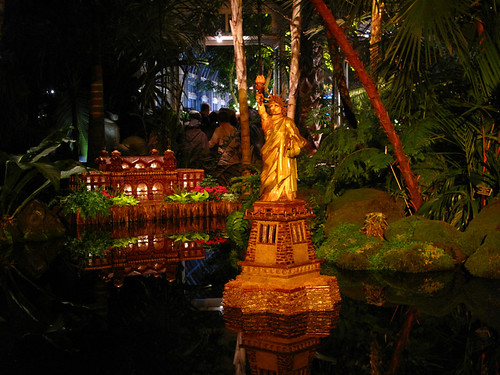 NY Botanical Garden and Holiday Train Show