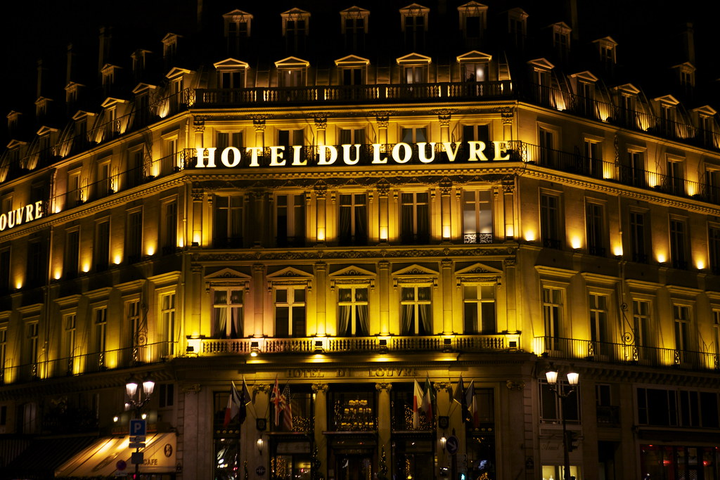 Hotel Du Louvre: Paris, France