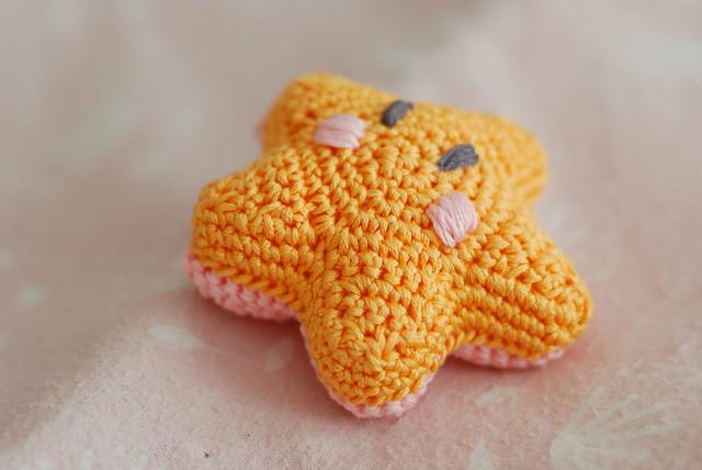 Kittenish Knitting : The littlest bashful starfish… vintage nettles