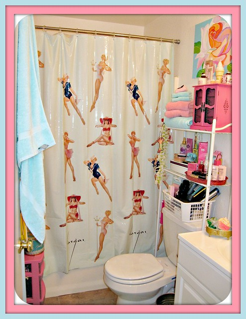 gigi 39 s bathroom vargas pinup shower curtain i saw