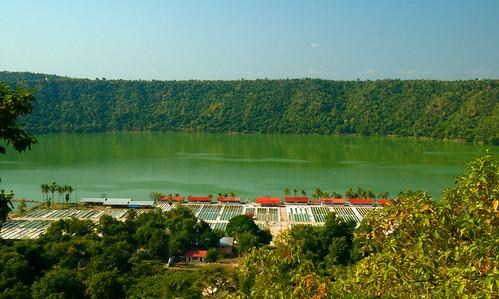 lake craterlake myanmar algae 18200mm spirulina monywa sagaingdivision nikond90 twintaung