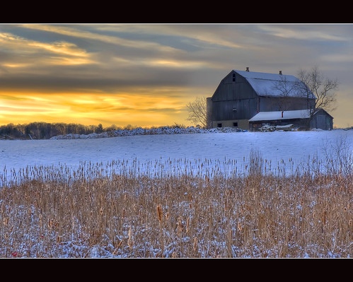 old winter sunset snow ontario canada barn rural landscape nikon farm nikkor hdr caledon photomatix 2470mmf28 d700