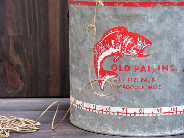 OLD PAL Vintage Rusty Metal Minnow Bucket | Flickr - Photo Sharing!