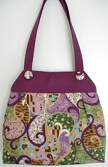 brown(0.0), pink(0.0), bag(1.0), art(1.0), pattern(1.0), shoulder bag(1.0), magenta(1.0), purple(1.0), violet(1.0), handbag(1.0), maroon(1.0), tote bag(1.0), lilac(1.0), lavender(1.0), design(1.0),